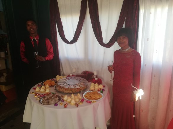 Overberg District helps teen to shine at Prom