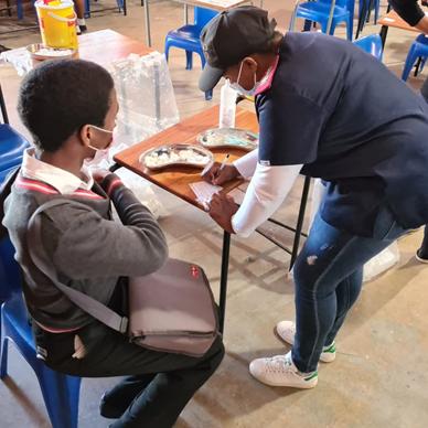 Vaccination outreach in Khayelitsha2