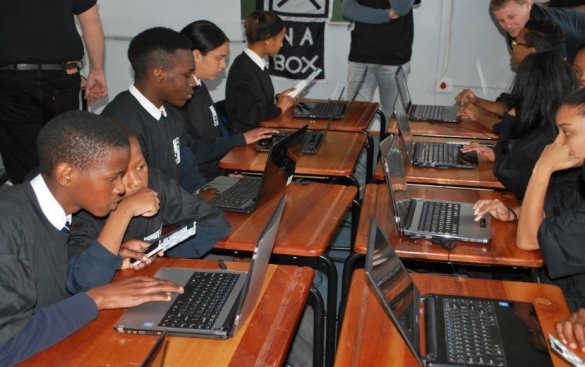 Space learning at Soneike High School