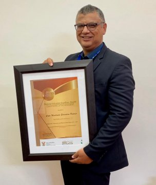Districts receive top honours